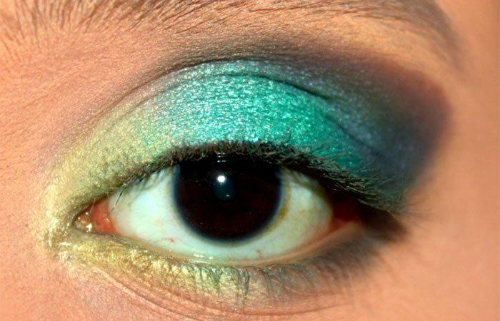 Green Ombre Eye Makeup Tutorial (6)