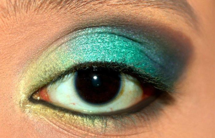 Green Ombre Eye Makeup Tutorial (7)