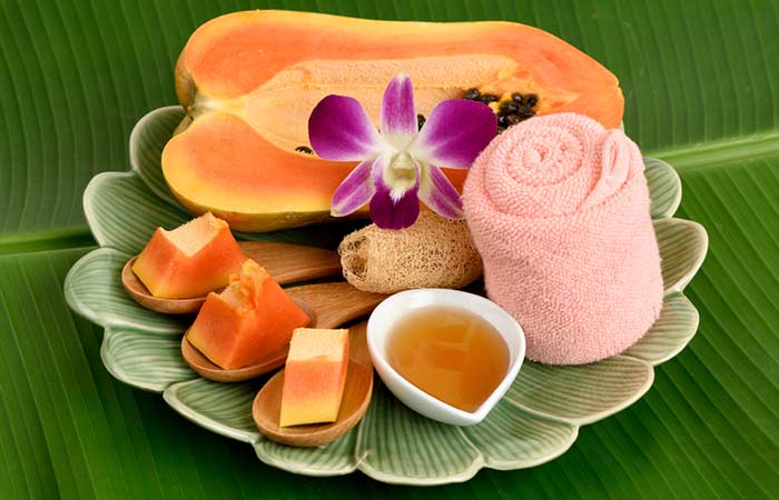 Honey-And-Papaya-Pack