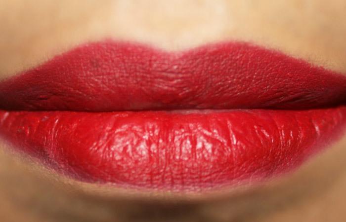 How To Get 3D Lips Makeup Tutorial (3)