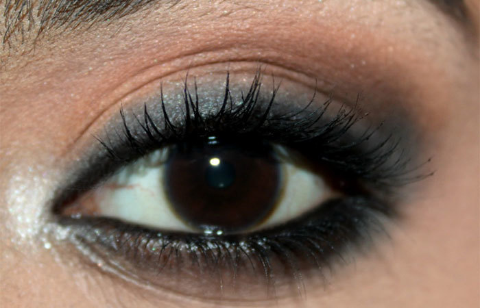 Katrina Kaif Eye Makeup - Step 5: Apply Black Eyeshadow