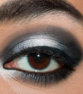 Stunning Black And White Eye Makeup Tutorial – With Detailed Steps And Pictures