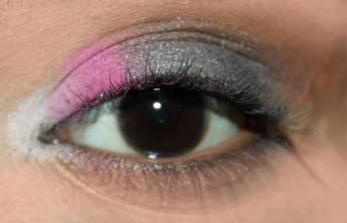 Sultry Pink and Grey Eye Makeup Look Tutorial (2)