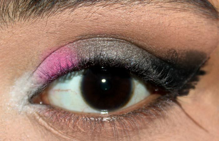 Sultry Pink and Grey Eye Makeup Look Tutorial (3)
