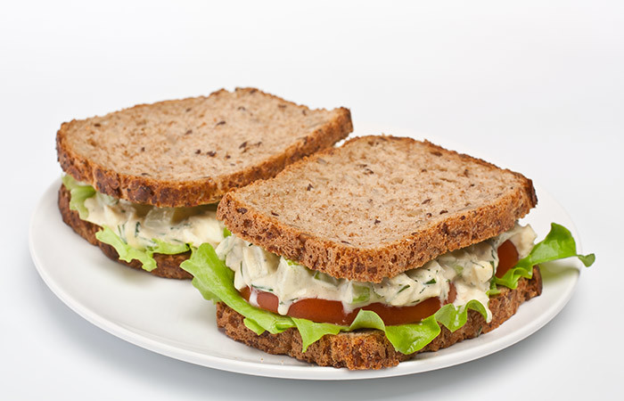 Healthy Breakfast For Weight Gain - Paneer Almond Sandwich