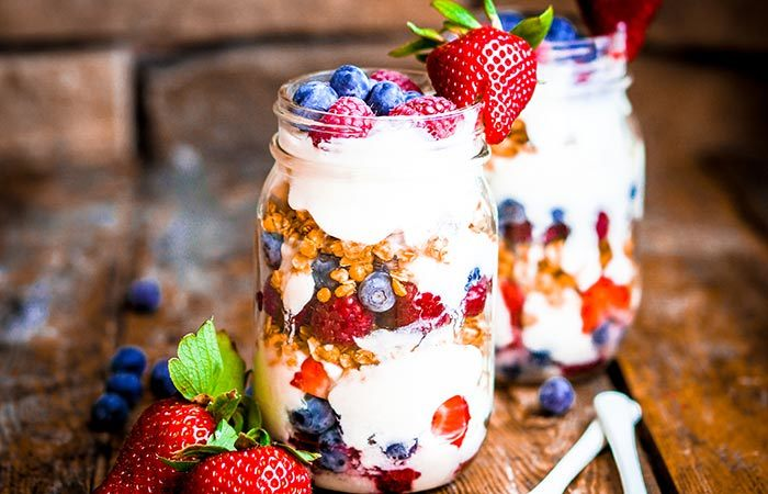 10 yummy breakfast recipes to try out for weight gain 2 granola with nuts and whole milk forumfinder Choice Image