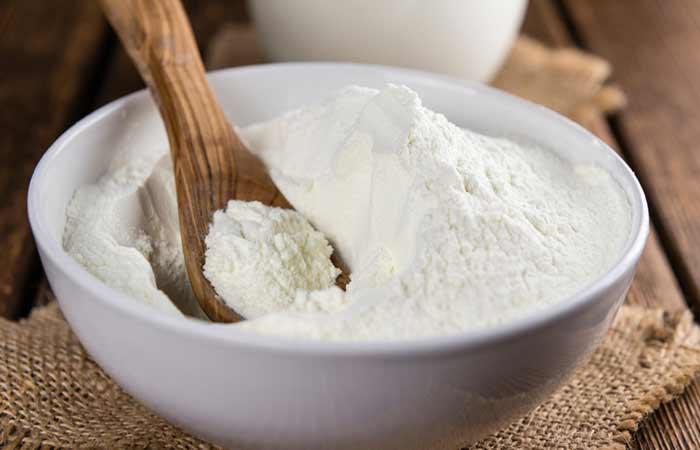 Milk and Sandalwood Face Pack for Dry Skin