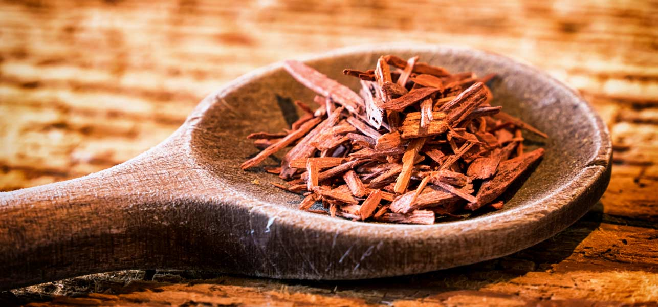 10-Effective-Sandalwood-Face-Packs-For-Your-Skin