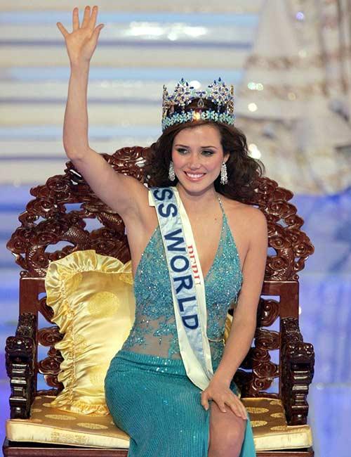 Miss World Of 2004 – María Julia Mantilla