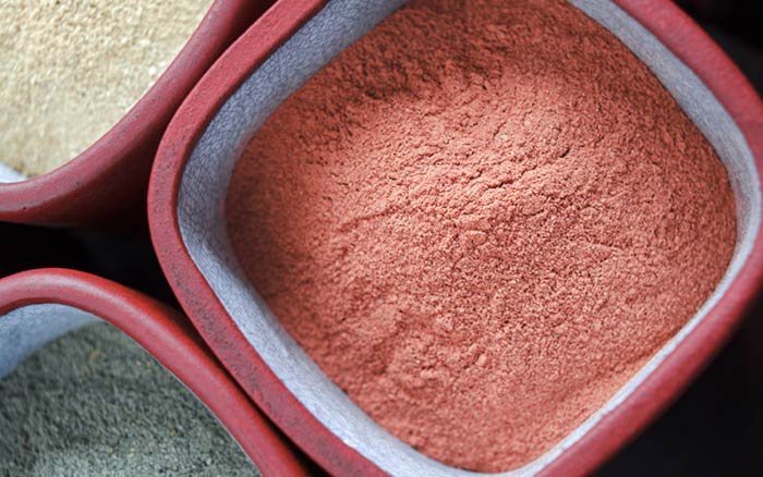 2. Red Clay Face Pack For Instant Glow