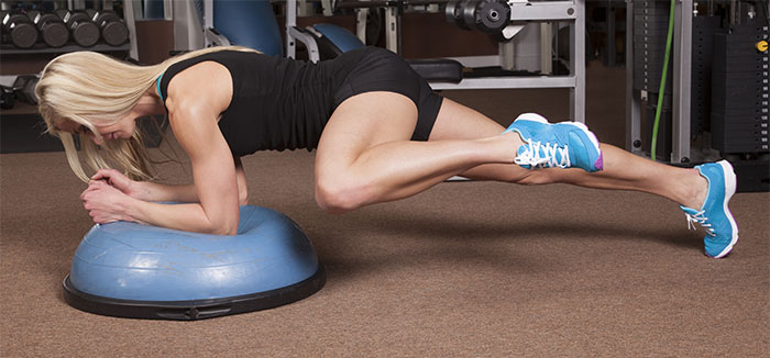 Plank Exercise - Plank With Oblique Crunch