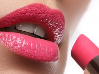 3-Different-Ways-To-Wear-The-Same-Lipstick---Tutorial-With-Detailed-Steps-And-Pictures