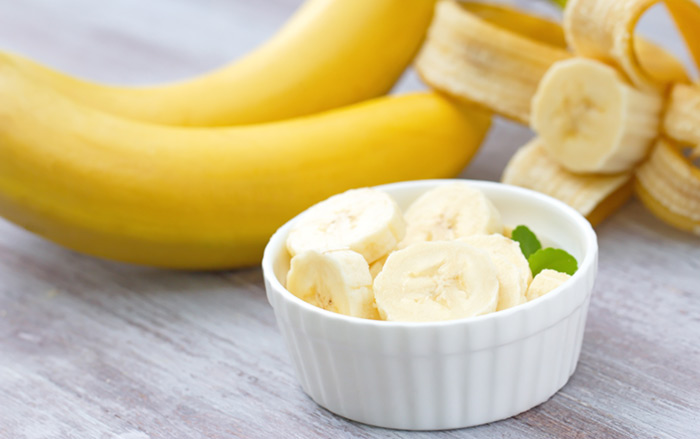 3. Banana Face Pack For Instant Glow