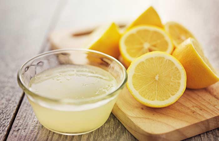 Lemon, Fuller's Earth and Sandalwood Face Pack For Wrinkles