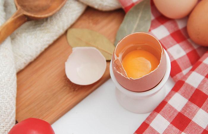 6.-Egg-Face-Pack