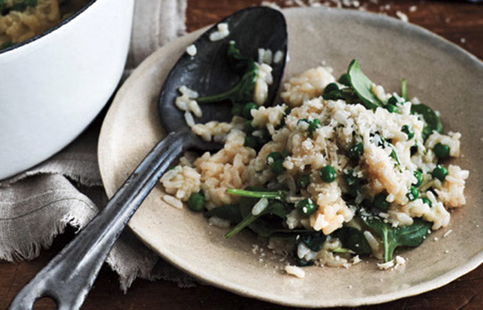 Low Calorie Lunch - Baked Spinach and Pea Risotto