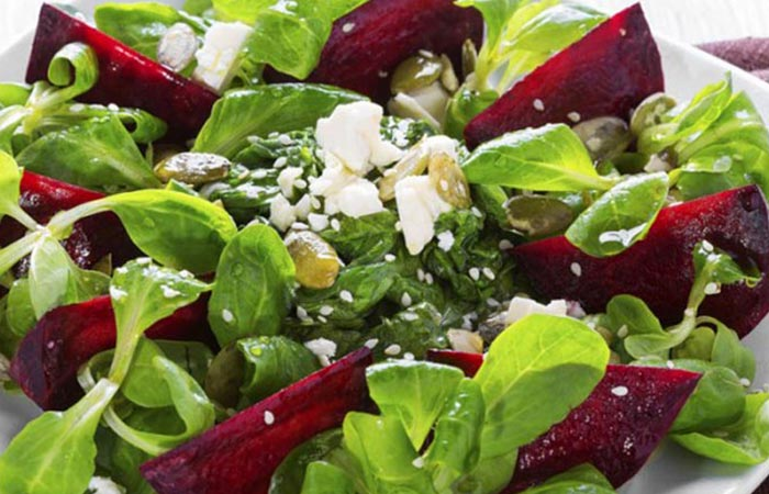 Low Calorie Lunch - Beet And Goat Cheese Salad