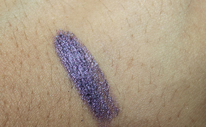 DIY - How To Make Eye Liner With Eye Shadow (6)