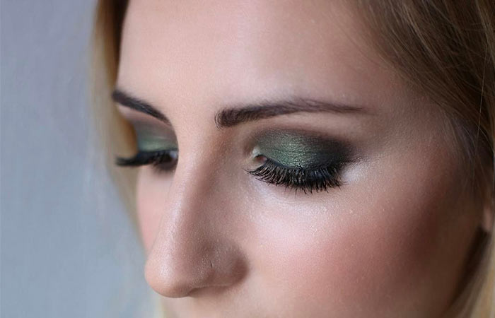 Dark Green Eye Shadow For Brown Eyes
