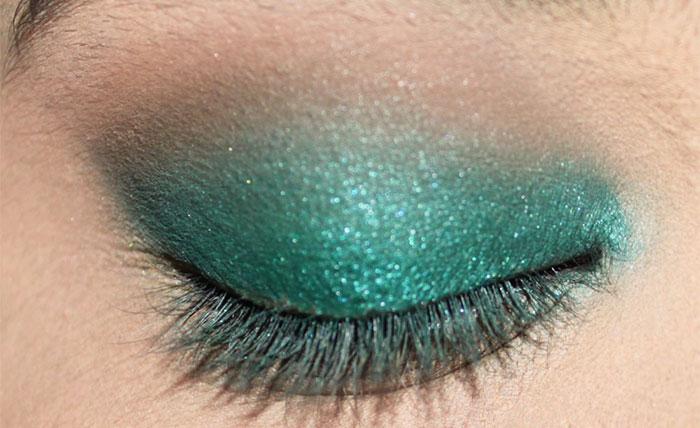 Emerald Eye Makeup Look (5)