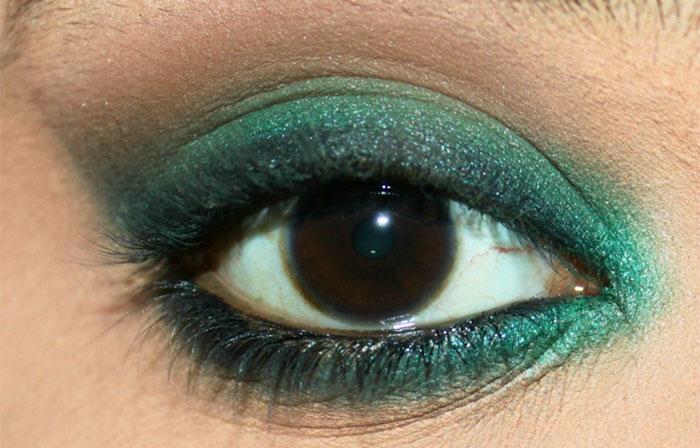 Emerald Eye Makeup Look (6)