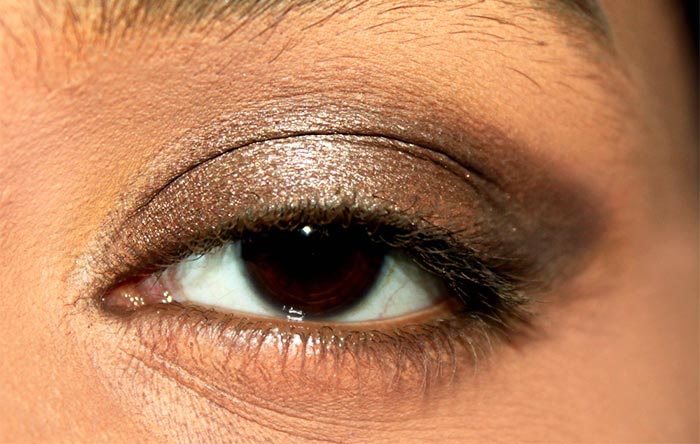 Kajol Inspired Kohl Rimmed Eye Makeup Tutorial (2)