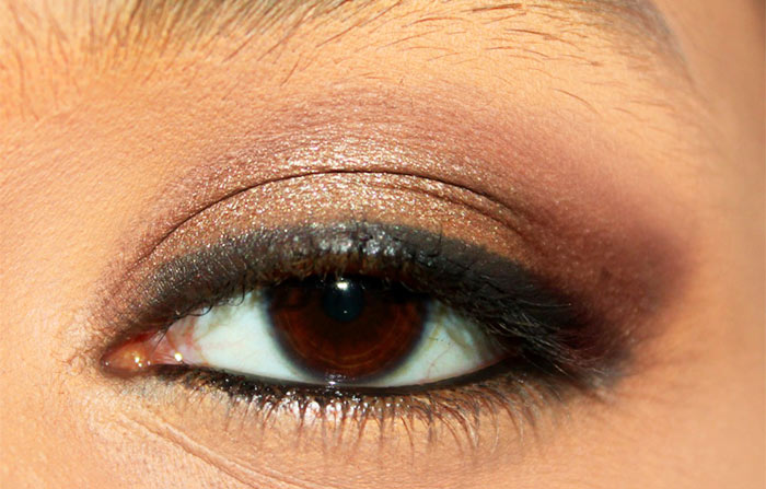 Kajol Inspired Kohl Rimmed Eye Makeup Tutorial (4)