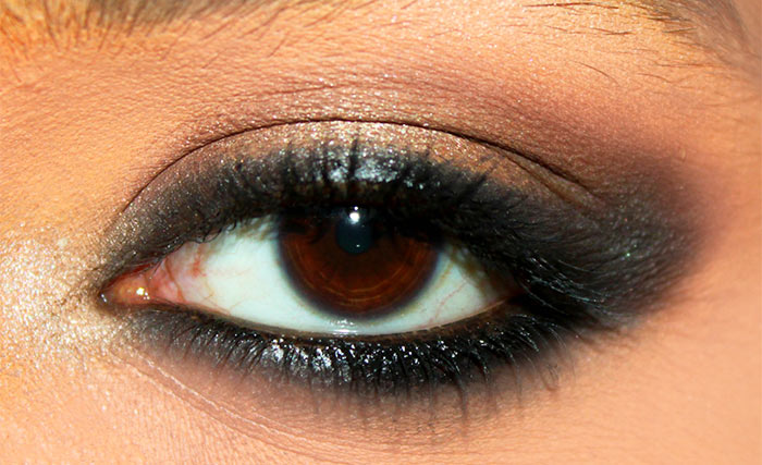 Kajol Inspired Kohl Rimmed Eye Makeup Tutorial (5)