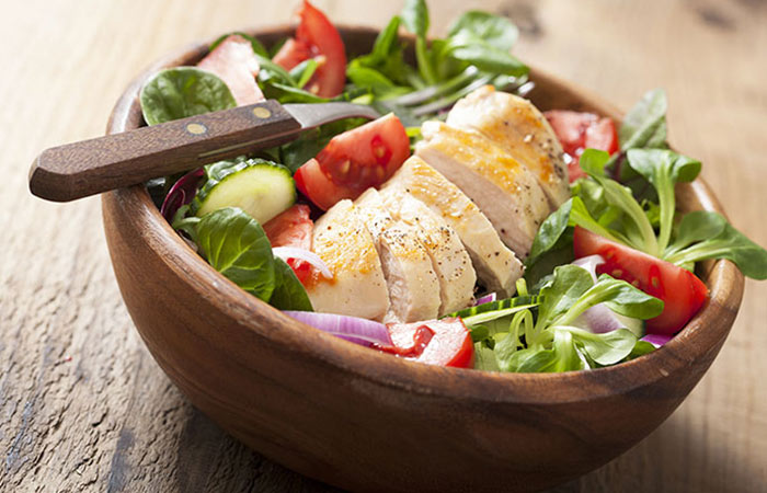 Low Calorie Lunch - Tandoori Chicken And Spinach Salad