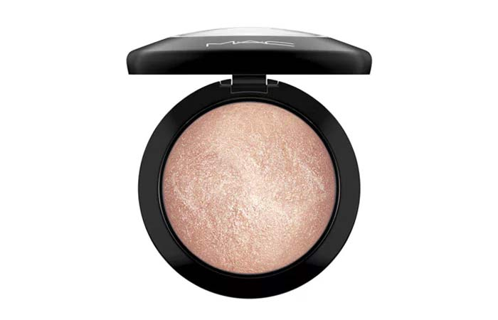 Best Highlighters in India - 1. MAC Mineralize Skin Finish