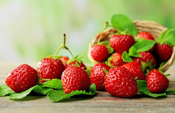 10. Strawberries For Black Spots On Lips