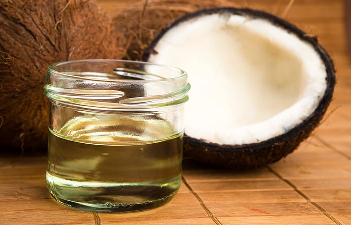 4. Coconut Oil And Baking Soda For Acne