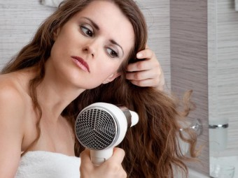 5-Common-Blow-Dryer-Mistakes-To-Be-Avoided