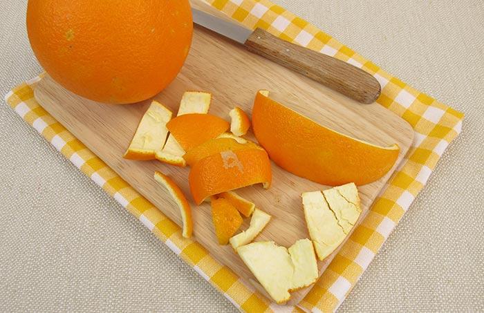 6. Use Orange Peel To Remove Tartar