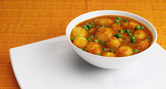 Indian Vegetarian Dinner Recipes - Aloo Matar