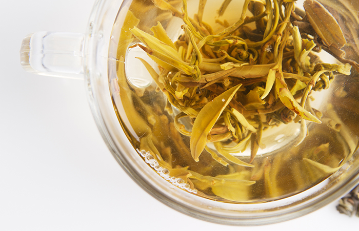White Tea Benefits That Will Surprise You