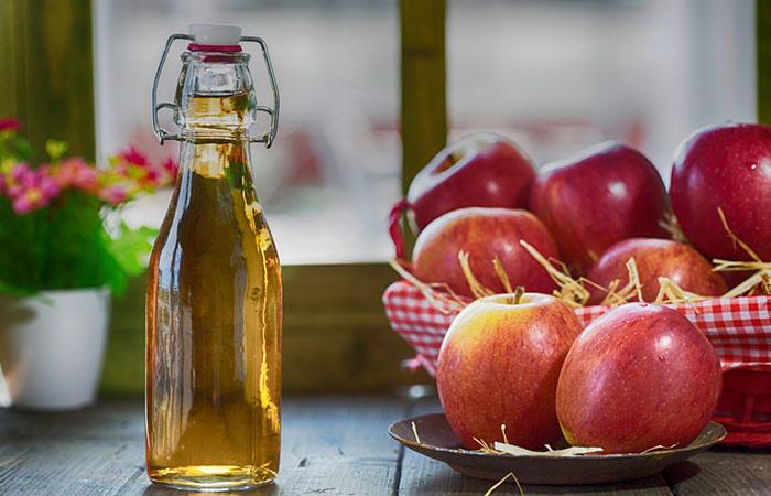 2. Apple Cider Vinegar For PCOS