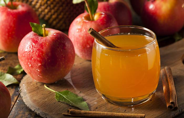 2. Cinnamon And Apple Cider Vinegar