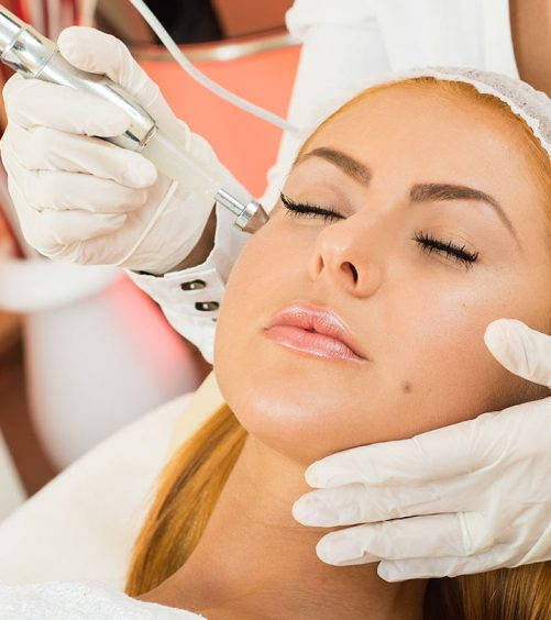 4-Amazing-Benefits-Of-Diamond-Facials