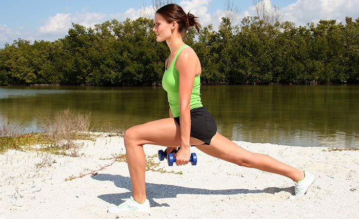 Exercises For Weight Loss - Split Lunge Jumps