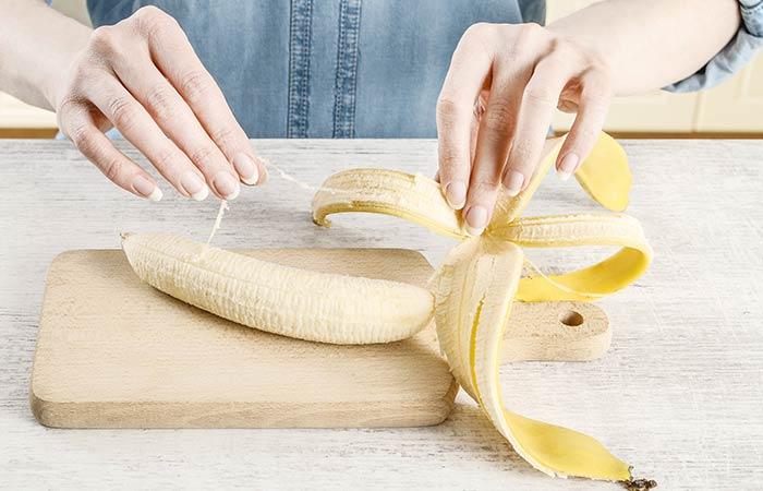 1. Rub Banana Peel