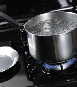 2 Major Side Effects Of Hot Water – Think Before You Drink