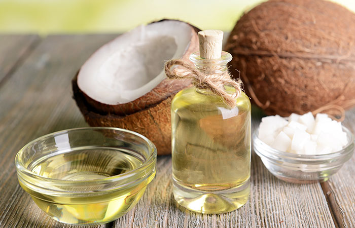 3. Castor Oil And Coconut Oil For Stretch Marks