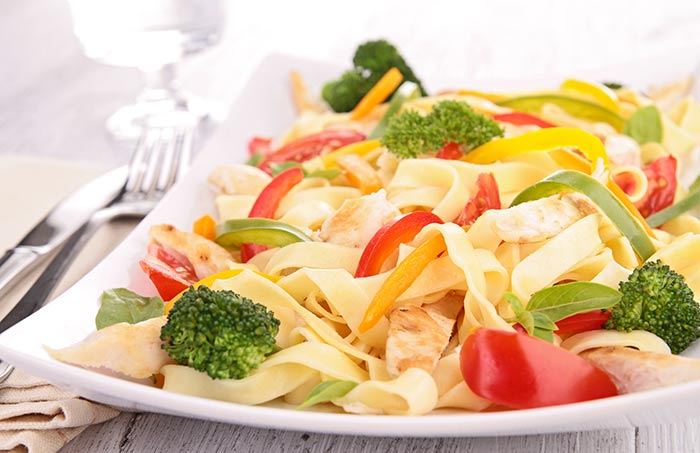Pasta With Veggies And Chicken