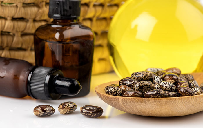 1. Castor Oil For Acne