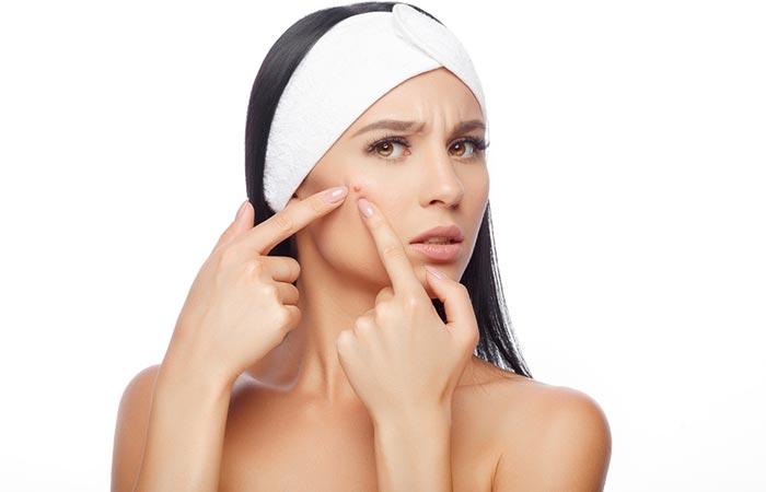 16 avantages de l'huile de ricin noire jamaïcaine pour la peau, les cheveux et la santé