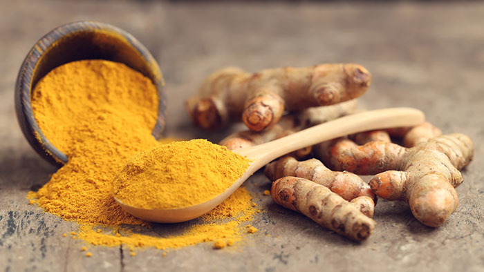 5. Castor Oil And Turmeric For Acne