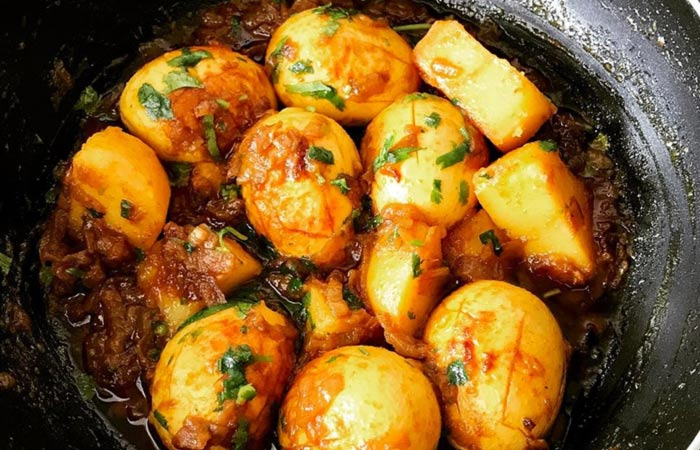 Egg Curry Recipes - Potato Egg Curry