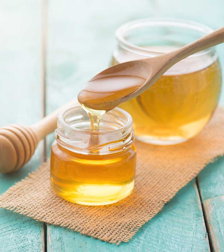 6 Simple Benefits Of Using Honey For Oily Skin