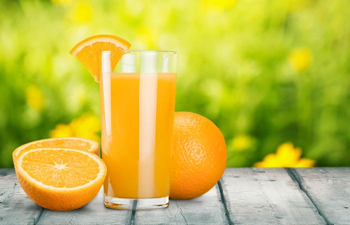 Home Remedies To Stop Vomiting During Pregnancy - Oranges